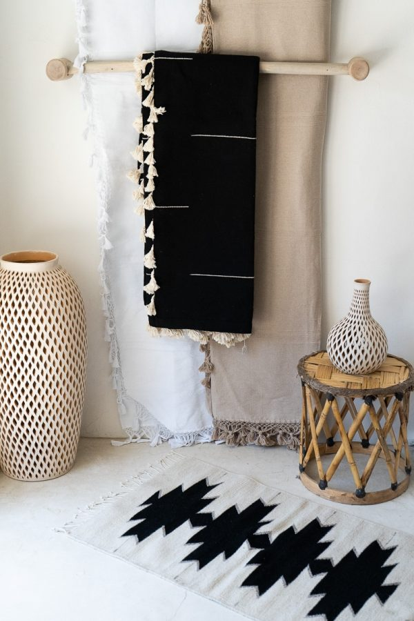 Handwoven Mexican Blanket | Black + White