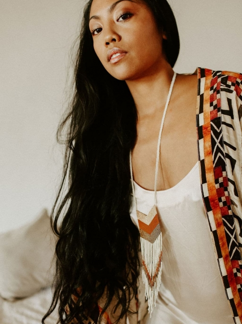 Nakawé fringe necklace in cream and rust