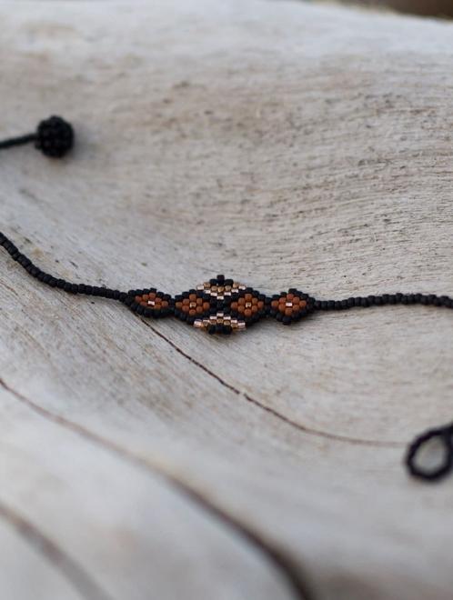 Tiama bracelet | Black + Rust