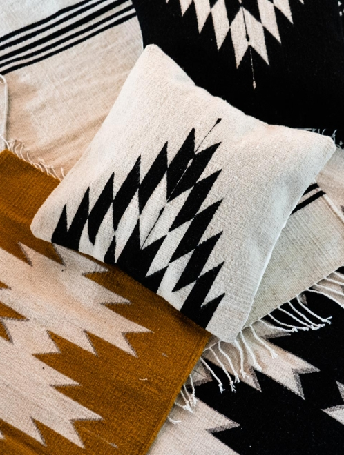 Relampago Handmade Cushion | Natural + Noir