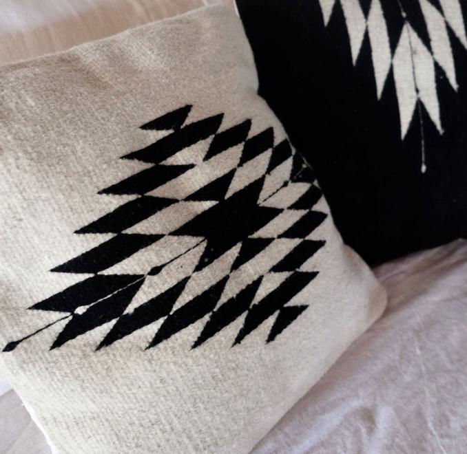 Zapotec Handwoven cushion   Natural + Noir