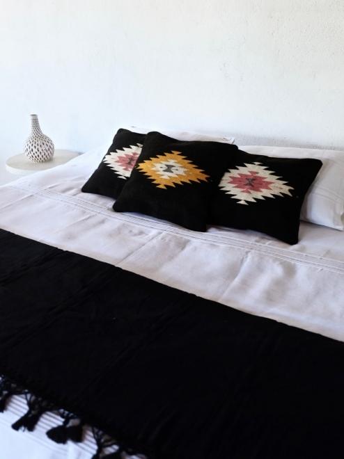 Handwoven Mexican Blanket | Noir