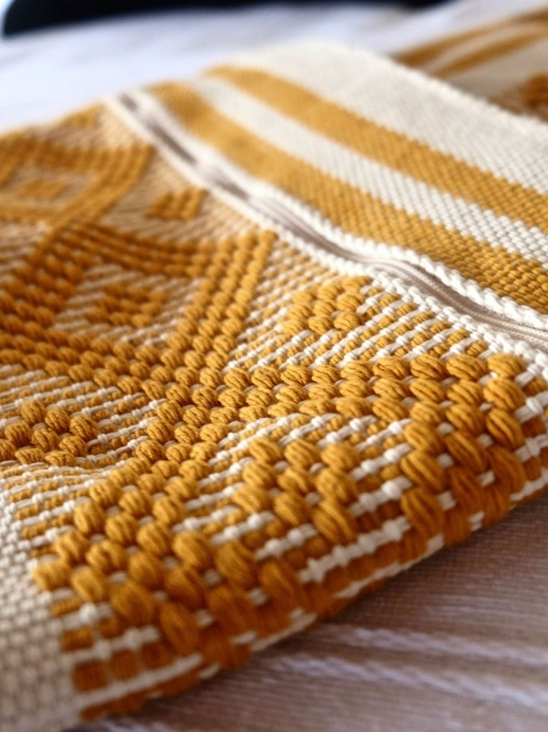 Woven cotton purse in Ochre