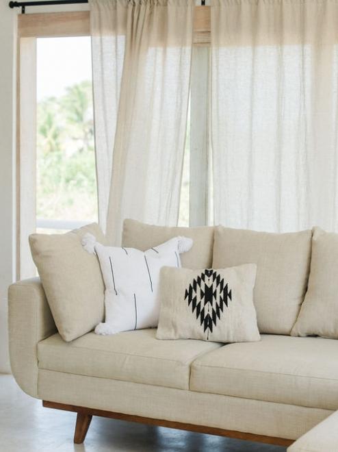 Zapotec Handwoven cushion | Natural + Noir
