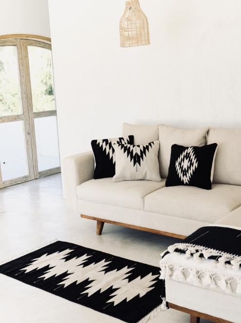 Zapotec Diamond Handmade Cushion | Black