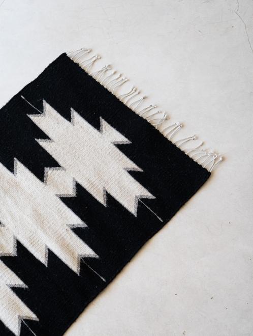 Maguey Handwoven Mexican  Rug | Noir + Natural