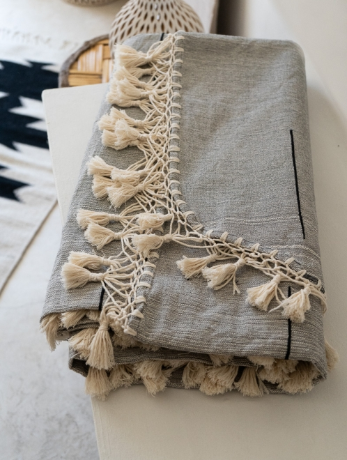 Handwoven Mexican Blanket | grey + natural