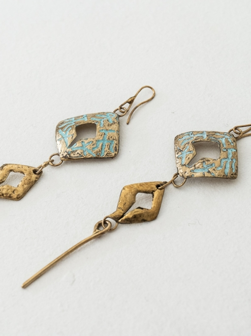 Tonalnan Handmade Bronze Earrings | Patterned with Patina Finish